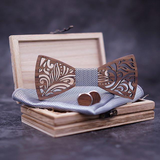 Carved Wooden Bow Tie with Cufflinks