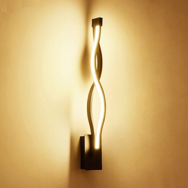 Unique High Aluminum Wall Lamp