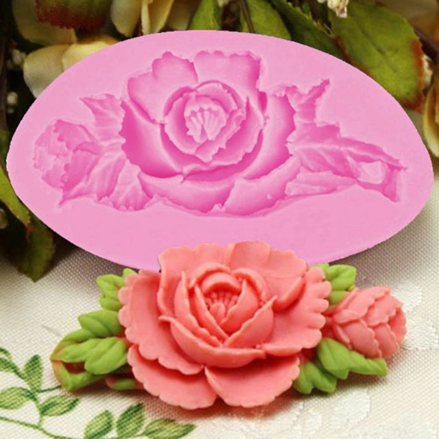 Charming Rose Shaped Eco-Friendly Silicone Baking Mold
