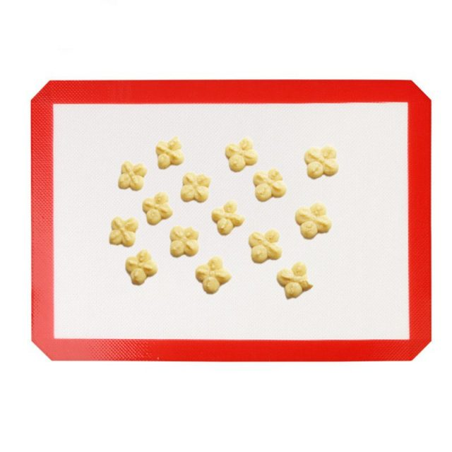 Dust-Resistant Non-Stick Silicone Baking Mat