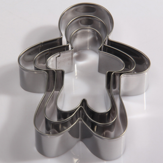 Cute Gingerbread Man Shaped Eco-Friendly Stainless Steel Cookie Cutters Set