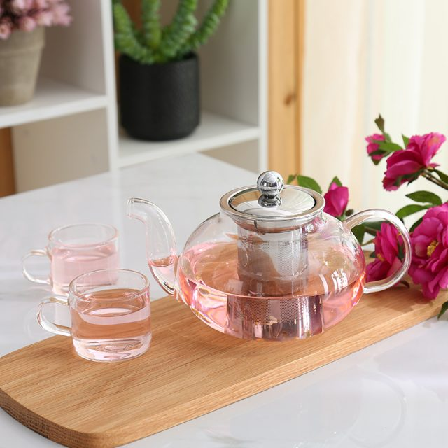 Lovely Glass Teapot with Stainless Steel Infuser