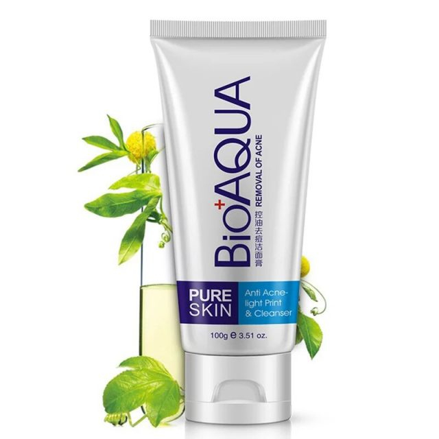 Exfoliating and Moisturizing Face and Body Cleanser for Skin Care
