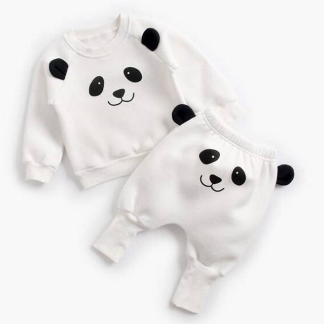 Winter Baby's Cartoon Animal Printed Sweatshirt with Pants Set